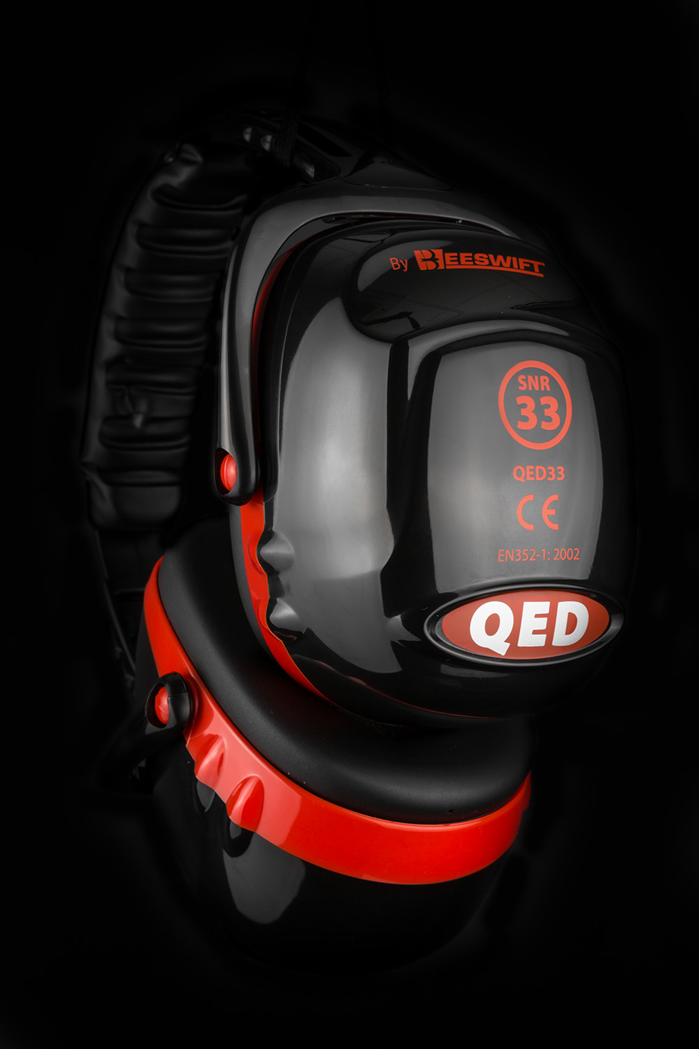 QED33 EAR DEFENDER  - QED33
